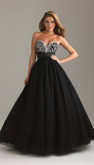 A-Line-Sequin-Embellished-Bodice-Long-Strapless-Sweetheart-Black-Prom-Dress-300x499